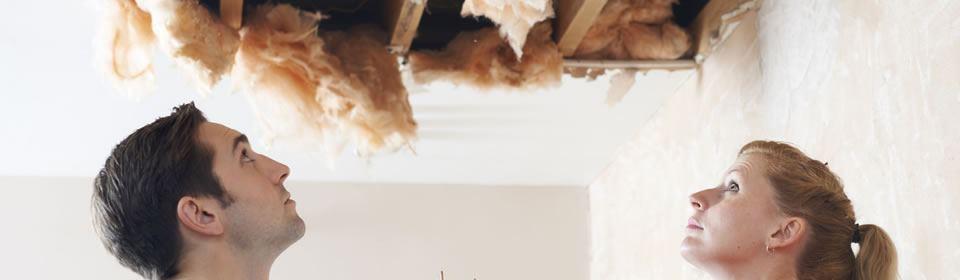 schade aan plafond door lekkage